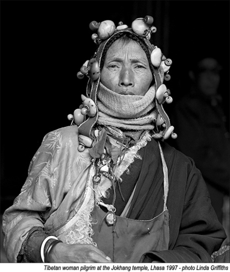 Tibetan_woman_headress